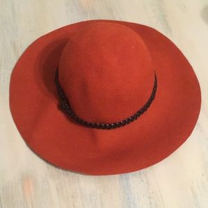 Forever 21 wool orange/red hat